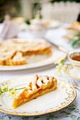 Crostata di albicocche (Italian apricot tart)