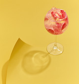Grapefruit cocktail with ice