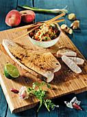 Gebeefter Schwertfisch mit Gurken-Kimchi