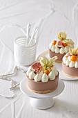 Exotic mini cakes