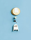 Elements of a ghost cake