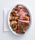 Roast beef with balsamic fruits