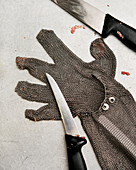 Protective glove and knife