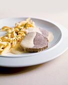 Allgäuer eingemachtes Kalbfleisch mit Spätzle