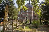 Old cemetery, Bonn, North Rhine Westphalia, Germany