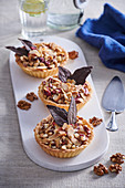 Nut tartlets