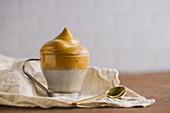 Dalgona Coffee in Glastasse