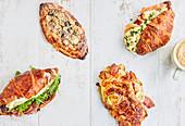 Vier Croissants, verschieden gefüllt