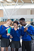Students using smartphone