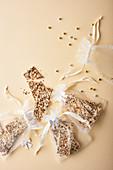 Samen-Knäckebrot als Weihnachtsgeschenk