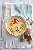 Chickpea soup with chilli