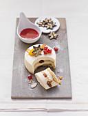 Sogno di Natale (Christmas dessert cake with vanilla-mascarpone cream)