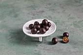 Sugar-free mulberry pralines