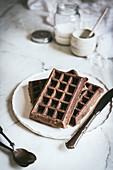 Haferflocken-Schokoladen-Waffeln