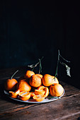 Mandarinen auf Teller
