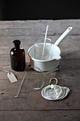 Utensils for making oil extracts from medicinal plants