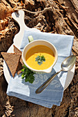 Apple and carrot soup with wholemeal bread