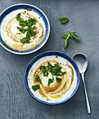 Yayla Corbasi – Turkish yoghurt soup with lemon