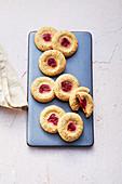 Raspberry biscuits (sugar-free)