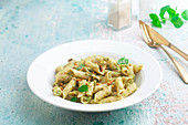 Penne with broccoli and mint pesto