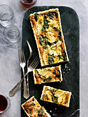 Artichoke heart and spinach quiche