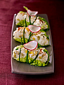 'Sushi' rolls with goat's cheese in a lettuce leaf