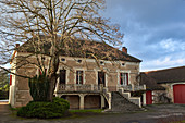 Main building and yard, Clos Triguedina, Cahors, Vire sur Lot, France