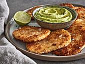 Sellerieschnitzel mit Avocadodip