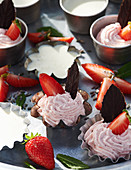 Strawberry and mint mousse with chocolate mint leaves