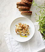 Rye bread with mushrooms and rosemary spread