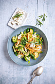 Green vegetable pasta with ricotta
