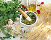 Pesto, Pestozutaten und selbstgemacht Nudeln