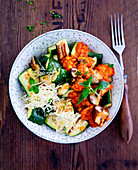 Bowl with courgette and lentil vegetables