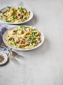 Spaghetti mit Thunfisch, Kapern und Chili