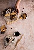 Serving vanilla cake