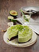 Avocado-Limetten-Quarktorte