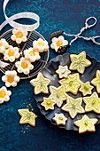 Meringue flowers and pistachio stars