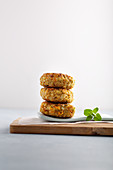 Freekeh and vegetable burgers