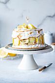 Zitronen-Baiser-Torte