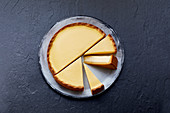 Cheesecake with a shortcrust pastry base