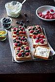 Mascarpone and berry tartelette