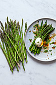 Green asparagus with a poached egg