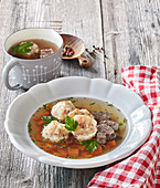 Beef broth with Tirol dumplings