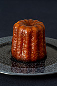 Canelé (French mini cake)