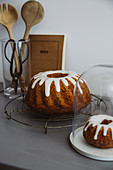 Small and large carrot ring cake with icing