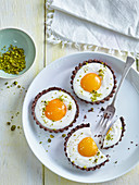 Easter tartlets with apricots