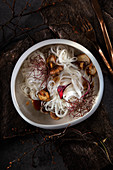 Rice noodle salad with red algae and shiitake mushrooms