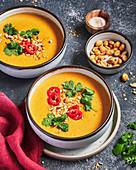 Pumpkin soup with peanuts