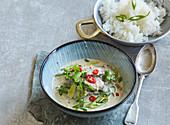 Rindfleischcurry mit grünem Chili