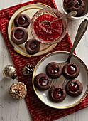 Lard cookies with raspberry jam